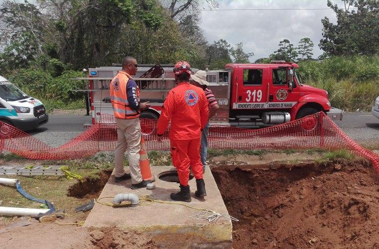 Mueren dos trabajadores en alcantarillado en La Chorrera