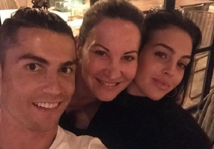 El portugués sorprendió con su nuevo peinado al final de la temporada. Foto: Instagram