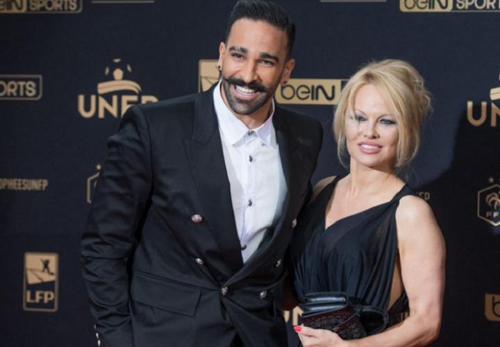 Pamela Anderson ha cargado contra Adil Rami, futbolista del Olympique de Marsella.