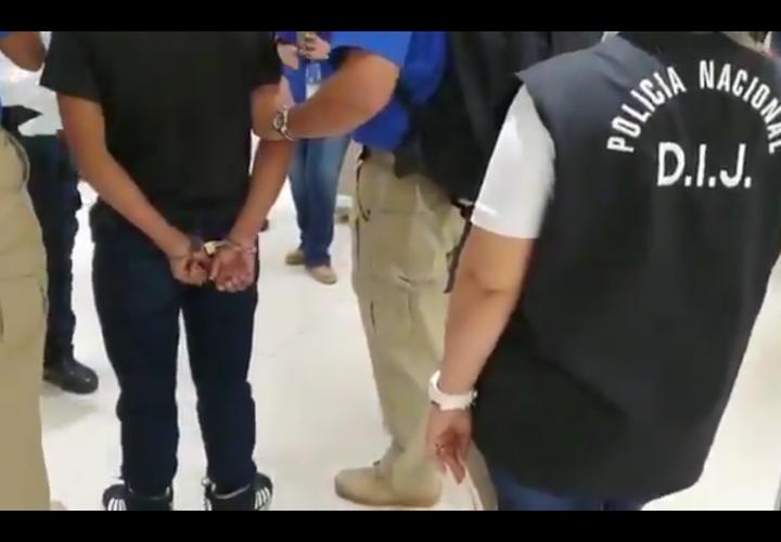 Salvadoreño extraditado queda tras las rejas por homicidio de comerciante