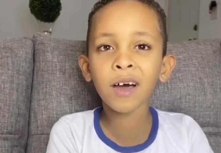 Thiago, un jovencito de siete años que sueña con ser un gran 'youtuber'