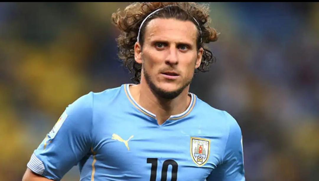 Diego Forlán, exfigura de la selección de Uruguay/ AP