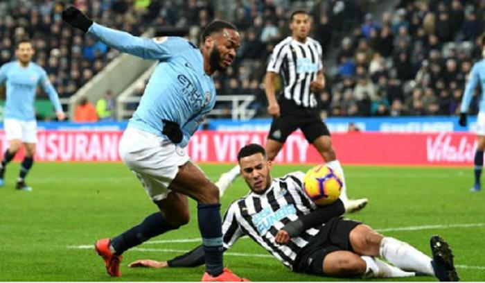 Newcastle United se marcó la sorpresa de la jornada al ganar en su estadio al actual campeón, el Manchester City. Foto: Twitter