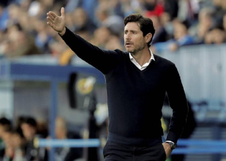 El entrenador Víctor Sánchez.