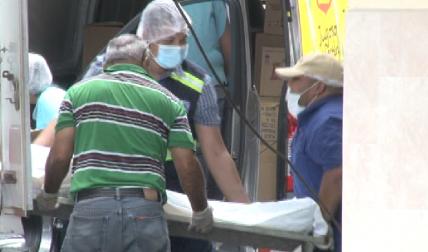 Abandonaron el cuerpo en la puerta del hospital.   /  Foto: Mayra Madrid